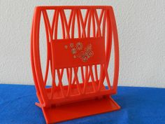 Vintage Napkin Holder Red Plastic Retro Kitchen  FT by hOarygOOds, $10.50 Napkin Holders, To Loose, Flower Making, Vintage Kitchen, Napkins, Shades, Plastic, Retro, Home Decor