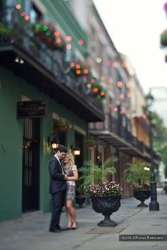 New Orleans weddings and Engagement Photography in the French Quarter of New Orleans | Pompo Bresciani Photography
