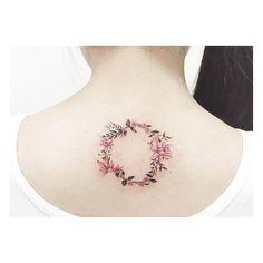 : Flower Laurels . . Close up . #tattooistbanul #tattoo #tattooing #design #drawing #flower #laurel #laureltattoo #tattoomagazine #tattooartist #tattoostagram #tattooart #inkstinctsubmission #tattooinkspiration #타투이스트바늘 #타투 #월계관 #꽃