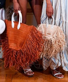 Handbag Trends Jacquemus makes a case for the straw bags Spring Handbags, Cute Handbags, Hermes Handbags, Fashion Handbags, Purses And Handbags, Luxury Handbags, Cheap Handbags, Leather Handbags, Backpack Handbags