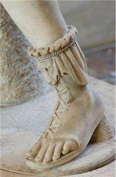 Marble Statue Foot Detail of Artemis -- Imperial Era -- Centuries CE -- Copy of a Greek original. Artemis, Ancient Rome, Ancient Art, Ancient Greek Clothing, Ancient Greek Costumes, Ancient Greek Sculpture, Ancient Greek Architecture, Gothic Architecture, Greece Architecture