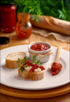 spicy tomato confiture - http://www.carina-forum.com/ricette/dispensa/null/0000034_en.php