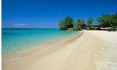 Jamaica Inn's private beach. Ochos Rios.