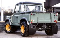 """carsthatnevermadeitetc: """"Land Rover Defender TDCI 90 Pick Up – Chelsea Wide Track, by Kahn Design. An earlier Defender-based project from the Chelsea Truck Company """" Landrover Defender, Kahn Defender, Land Rover Defender Pickup, Land Rover Pick Up, Land Rover Truck, Kahn Design, Land Rover Series 3, Off Road, Pajero"""