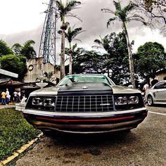 1982 Mustang, en Los Dos Caminos
