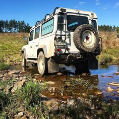 Land Rover Defender 110 Td5 Sw.  Landscape mode.