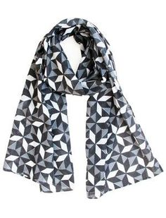 Scarf / Sarong - Geometric monochrome Monochrome, Women Accessories, Fox, Cute Outfits, Womens Fashion, Collection, Pretty Outfits, Monochrome Painting, Women's Accessories