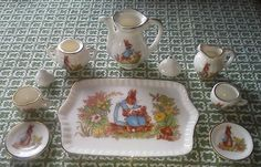 Vintage Miniature Peter Rabbit Beatrix Potter Tea Set Doll House Gold Rimmed