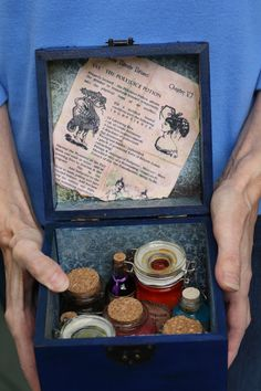 Harry Potter Potion Kit in Blue Wooden Box with Hogwarts Crest (could probably figure out how to make)