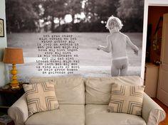 Prijs is per m². Minimale afname 4m²Wil je iets werkelijk unieks van een kamer in je huis maken? Laat Woordkunsten dan je behang ontwerpen! Lever je eigen foto aan (of laat die door mij maken) en ik schrijf er een uniek persoonlijk gedicht bij. Daar wordt een groot digitaal bestand van gemaakt en Exprezzit maakt hier prachtig behang van.