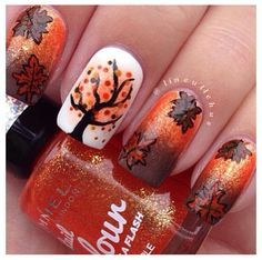 Fall leaves and trees nail art by lineullehus - Photo taken by Nails Fashionista - Get Nails, Fancy Nails, Love Nails, Pretty Nails, Seasonal Nails, Holiday Nails, Fall Nail Art, Autumn Nails, Fall Nail Designs