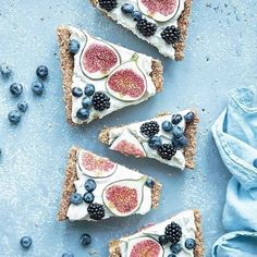 Fig and blueberry tart