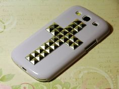 Studded Metal phone case. Samsung Galaxy S3. Love it!