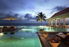 Infinity pool looking great!