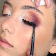 Eyebrow Makeup Tips, Eye Makeup Steps, Natural Eye Makeup, Makeup Videos, Eyeshadow Makeup, Glam Makeup, Beauty Makeup, Asian Makeup Tutorials, Black Smokey Eye Makeup