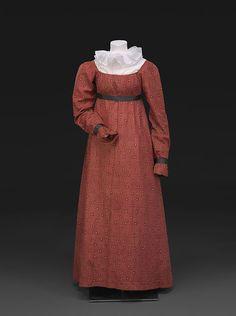 Red Printed Cotton Dress About 1815 1800s Dresses, Regency Dress, Regency Era, Ladies Day Dresses, Blue Silk Dress, Gauze Dress, Dot Dress, Cotton Dresses, Printed Cotton