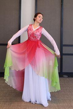 Berit culto ropa de baile ♡ ♡ Hermosa Culto ropa flotando Culto Berry Cantata trajes del vestido worshipdress