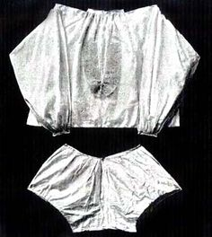 Shirts and drawers of Charles II from 1655, Werstminster Abbey   In: History of Underclothes, Willet, Cunnington, 1992