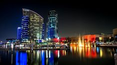 Δημιουργία - Επικοινωνία: Χαμός με το Ντουμπάι στο Twitter: «Μπορεί να είχαν... Laser Show, International Holidays, Visit Dubai, Dubai Mall, Empire State Building, Chill, Tourism, Beautiful Pictures, National Parks