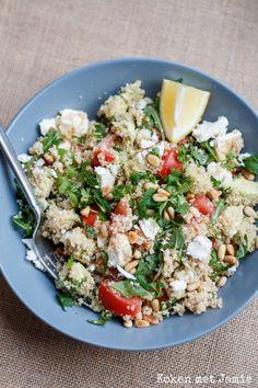 Wij eten regelmatig couscous, omdat het lekker en gezond is. Bijkomend voordeel is dat de couscous in vijf minuten klaar is en dan hoef je er alleen nog...