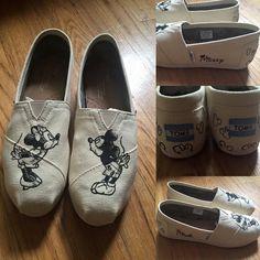 MINNIE & MICKEY Sketch Disney Shoes. Mickey Toms