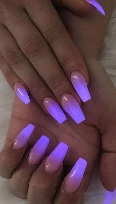 Pin by Marissa Gamboa on Nail ideas in 2019 Purple Acrylic Nails, Acrylic Nails Coffin Short, Square Acrylic Nails, Summer Acrylic Nails, Purple Nails, Coffin Nail, Neon Purple, Matte Nails, Nagellack Design