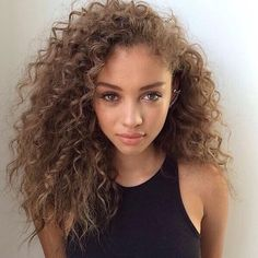 curly hair, girls, hair, makeup, tumblr