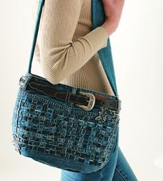 Blue Jeans Purse | Country Woman Crafts | Décor & Accessories | Wearables | Love the Country