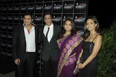Shahrukh Khan and Gauri Khan at The Launch of Debate Series The OUTSIDER. | Bollywood Cleavage
