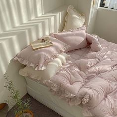 Room Ideas Bedroom, Bedroom Inspo, Bedroom Decor, Dream Rooms, Dream Bedroom, My New Room, My Room, Deco Studio, Aesthetic Room Decor