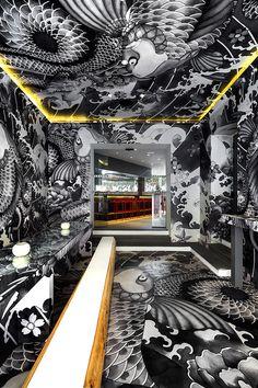 vincent coste inks japanese restaurant in france with yakuza tattoo motifs Arch Interior, Interior Architecture, Interior And Exterior, Interior Decorating, Design Hotel, Bar Deco, Deco Restaurant, Yakuza Tattoo, French Restaurants