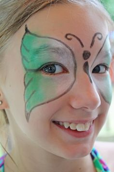 DIY butterfly #facepainting design in four easy steps! via @Angie Wimberly Wimberly Knutson