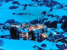 Region of the Heavens : Condé Nast Traveler Article re Dolomites Northern Italy, Best Places To Travel, Heavens, Good News, Photo Galleries, Europe, Vacation, Top Places To Travel, Vacations