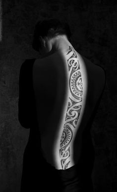 This wonderful tribal tattoo may or may not have any meaning but one thing is for sure; it shows the delicateness or a woman's body and it is just pleasant to look at.
