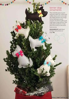 Dogs made of felt for the New Year tree --- DIY