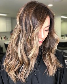 * 20 On-Trend Brown to Blonde Balayage Looks That Will Make You Jealous Awesome Super 20 New Brown to Blond. Blonde Balayage Highlights, Balayage Straight Hair, Balayage Hair Blonde Medium, Long Brunette Hair, Balayage Hair Caramel, Ash Blonde Balayage, Caramel Highlights, Brown Ombre Hair, Ombre Hair Color