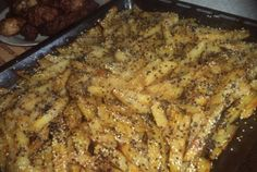 Cartofi usor picanti cu amestec de susan la cuptor Healthy Recipes, Healthy Food, Curry, Pork, Chicken, Meat, Potato, Healthy Foods, Kale Stir Fry
