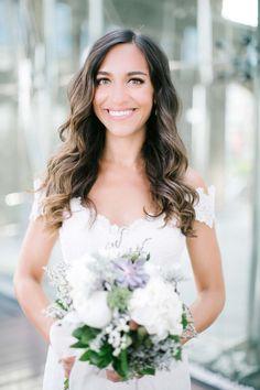 Begüm & Emre: Romantischer Hochzeitstraum aus Pfingstrosen YELIZ ATICI http://www.hochzeitswahn.de/inspirationen/beguem-emre-romantischer-hochzeitstraum-aus-pfingstrosen/  #wedding #inspiration #bride