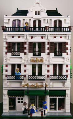 Lego Modular Hotel | Flickr - Photo Sharing!