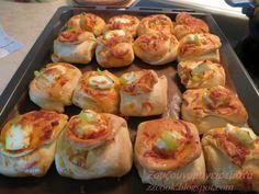 Αφράτα φακελάκια με γεύση πίτσας για το παιδικό πάρτι! Cookbook Recipes, Pizza Recipes, Cooking Recipes, Calzone, Greek Recipes, Nutella, Sushi, Shrimp, Food And Drink