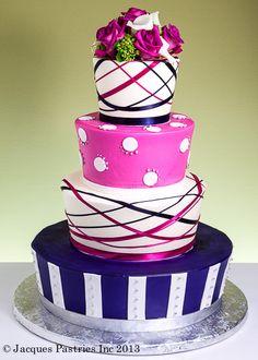 Love the ribbon-like stripes