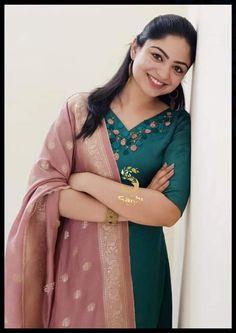 Churidar Designs, Salwar Dress, Embroidery Designs, Saree, Indian, Kurtis, Photography, Models, Dresses