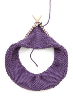 Just in case I ever manage to overcome my aversion: Circular Knitting Tips
