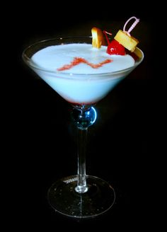 Manfort Martinis: Moonage Daydream Martini