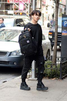 jungkook fashion BTS NYC Street Style: J- - fashion Jungkook Cute, Jungkook Oppa, Bts Bangtan Boy, Jeon Jungkook Photoshoot, Hoseok Bts, Saturday Night Live, Jung Kook, Busan, K Pop