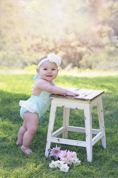 Toddler Pictures, Baby Girl Pictures, Easter Pictures For Babies, Outdoor Baby Pictures, Outdoor Photos, 6 Month Baby Picture Ideas, 8 Month Old Baby, Birthday Girl Pictures, 1st Birthday Photoshoot