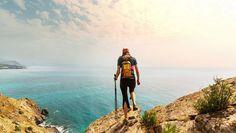 Circuit Italie : Randonnée dans les Pouilles rurales | Evaneos Naples, Parc National, Sling Backpack, Backpacks, Adventure, Cambodia, Croatia, Pathways, Backpack