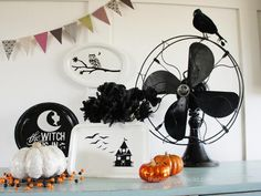 DIY Hallowen Crafts : DIY Black