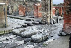 Streets of Pompeii: stepping stones.