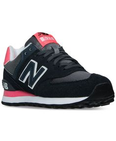 The Women's New Balance 574 Core Plus has a clean and classic look with a traditional suede upper and simplistic design made to pair perfect with almost any look. Laid-back with a retro meets modern a